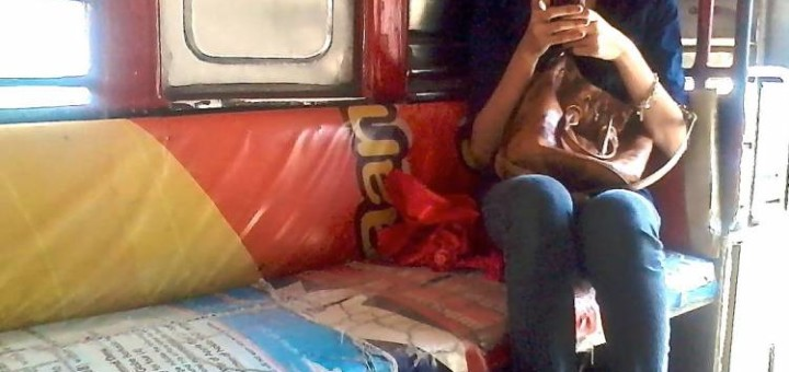 How to ride a jeepney in the Philippines