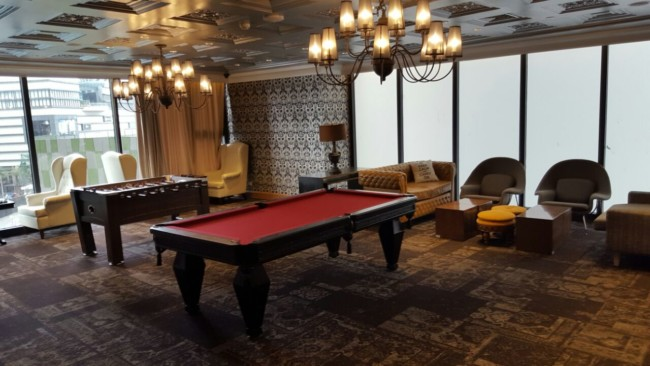 knightsbridge-condo-games-room-pool-table