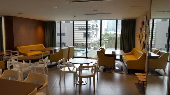 knightsbridge-makati-common-room