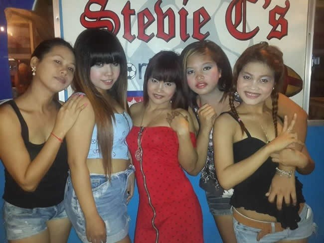 sihanoukville-women-bargirls