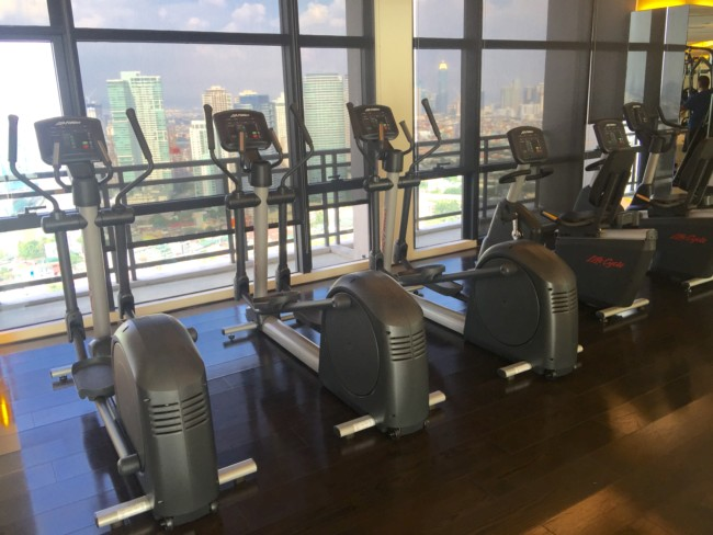 gramercy-gym-makati-cycling-machines