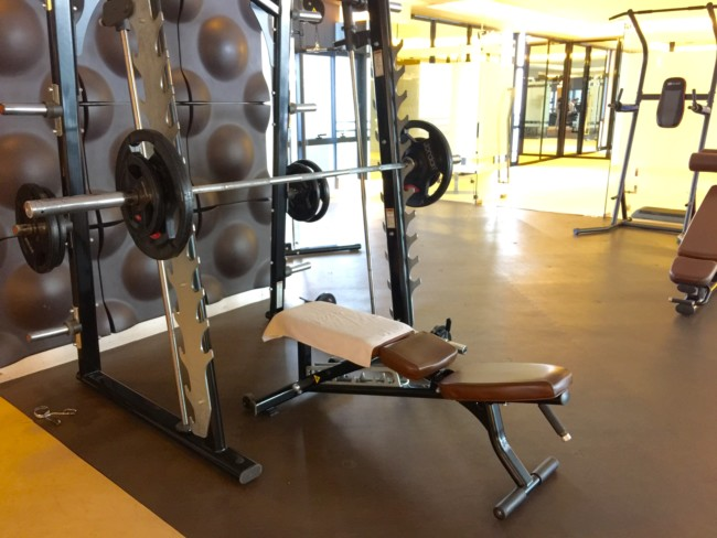 gramercy-manila-gym-bench-press
